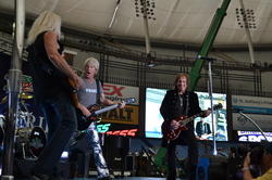 Thumbnail image for REOSpeedwagon2011 115.JPG