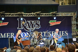 Thumbnail image for REOSpeedwagon2011 279.JPG