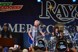 Thumbnail image for REOSpeedwagon2011 298.JPG